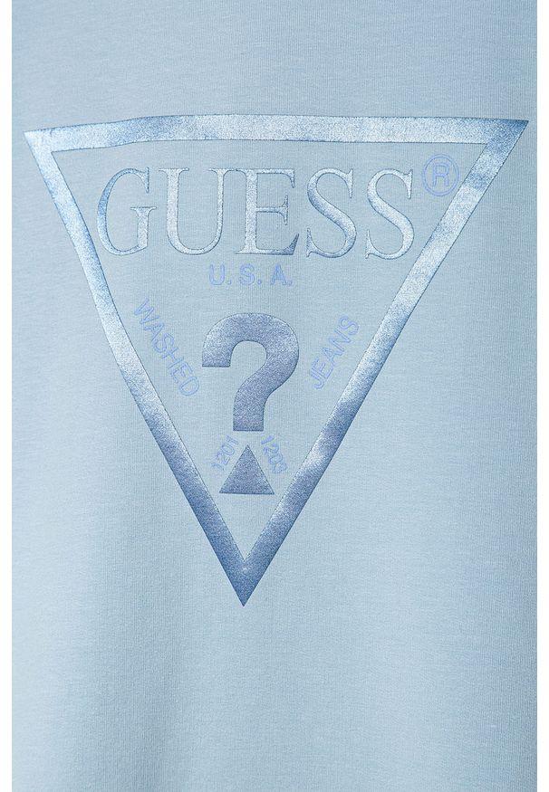 Niebieska sukienka Guess Jeans prosta, z kapturem, na ramiączkach, z nadrukiem