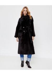 ALMAROSAFUR - Czarny płaszcz Giada. Kolor: czarny. Długość rękawa: długi rękaw. Długość: długie. Styl: klasyczny