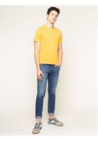 Levi's® T-Shirt Housemark Graphic Tee 22489-0261 Żółty Regular Fit. Kolor: żółty