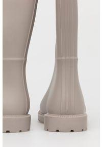 Answear Lab - Kalosze. Nosek buta: okrągły. Kolor: beżowy. Materiał: materiał, guma. Wzór: gładki. Styl: wakacyjny