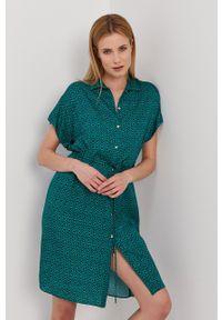 Nissa - NISSA - Sukienka. Kolor: zielony. Materiał: tkanina. Długość rękawa: krótki rękaw. Typ sukienki: rozkloszowane