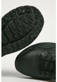 Czarne sneakersy Ugg z cholewką, na obcasie, z okrągłym noskiem, na średnim obcasie