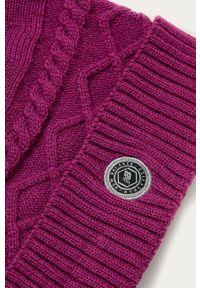 Fioletowa czapka New Balance z aplikacjami
