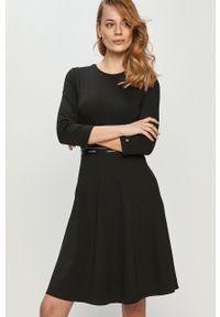 Czarna sukienka Calvin Klein casualowa, mini