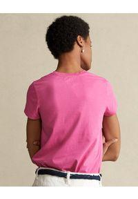 Ralph Lauren - RALPH LAUREN - Różowy t-shirt z logo. Typ kołnierza: polo. Kolor: wielokolorowy, fioletowy, różowy. Materiał: tkanina