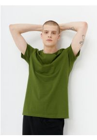 outhorn - Gładki t-shirt męski. Materiał: bawełna, jersey, materiał. Wzór: gładki