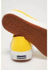 Żółte tenisówki Superga z cholewką, z okrągłym noskiem, na niskim obcasie, na sznurówki