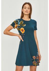 Turkusowa sukienka Desigual na co dzień, mini, z krótkim rękawem, casualowa