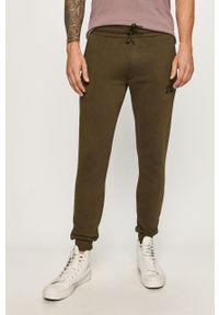 Zielone spodnie dresowe Jack & Jones z nadrukiem