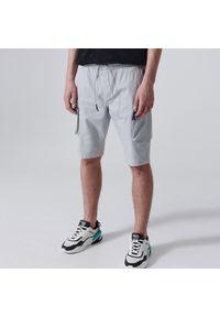 Cropp - Szorty typu jogger - Jasny szary. Kolor: szary