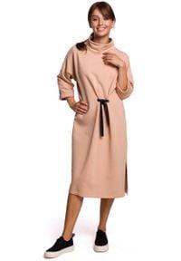 MOE - Dzianinowa Sukienka z Wiązaniem w Pasie (Beżowa). Kolor: beżowy. Materiał: dzianina