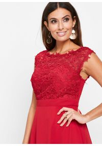 Czerwona sukienka bonprix maxi, wizytowa, w koronkowe wzory