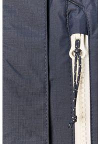 Niebieska kurtka columbia z kapturem, na co dzień