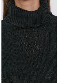 Brave Soul - Sweter. Typ kołnierza: golf. Kolor: czarny. Materiał: dzianina. Długość rękawa: długi rękaw. Długość: długie