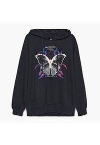 Cropp - Bluza oversize z nadrukiem - Czarny. Kolor: czarny. Wzór: nadruk