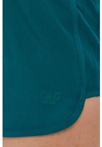 4f - 4F - Szorty. Okazja: na co dzień. Kolor: zielony. Materiał: tkanina, włókno. Wzór: gładki. Styl: casual