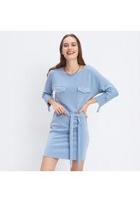 Niebieska sukienka Mohito