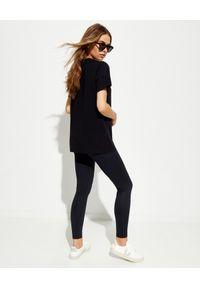 LA MANIA - Czarny t-shirt z białym nadrukiem. Kolor: czarny. Materiał: dresówka, bawełna, jeans. Wzór: nadruk