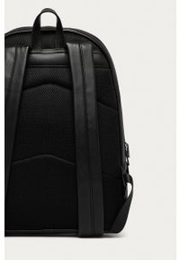 Guess - Plecak. Kolor: czarny