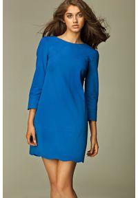 Niebieska sukienka na imprezę Nife z dekoltem na plecach
