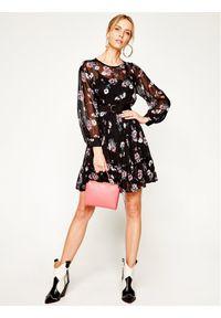 iBlues Sukienka codzienna Delfina 72210301 Czarny Loose Fit. Okazja: na co dzień. Kolor: czarny. Typ sukienki: proste. Styl: casual #3