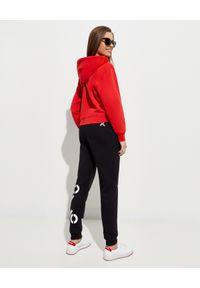 Kenzo - KENZO - Czerwona bluza Tiger Crest. Kolor: czerwony. Materiał: bawełna. Długość rękawa: długi rękaw. Długość: długie. Wzór: aplikacja
