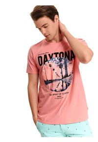 Różowy t-shirt TOP SECRET z krótkim rękawem, z nadrukiem, krótki, klasyczny