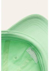 Vans - Czapka. Kolor: miętowy. Materiał: tkanina, bawełna. Wzór: gładki #2
