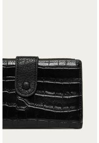 Czarny portfel Answear Lab