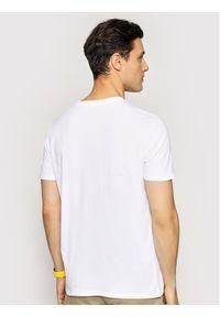 Marc O'Polo T-Shirt B21 2220 51230 Biały Regular Fit. Typ kołnierza: polo. Kolor: biały