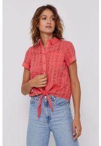 Mustang - Koszula bawełniana. Kolor: różowy. Materiał: bawełna. Długość rękawa: krótki rękaw. Długość: krótkie