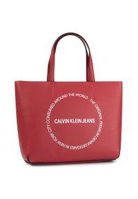 Czerwona torebka klasyczna Calvin Klein Jeans klasyczna
