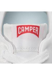 Białe sneakersy Camper z cholewką