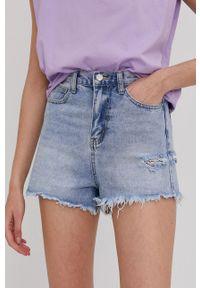 Answear Lab - Szorty jeansowe. Kolor: niebieski. Materiał: jeans. Styl: wakacyjny