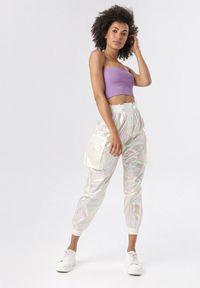 Białe spodnie Born2be