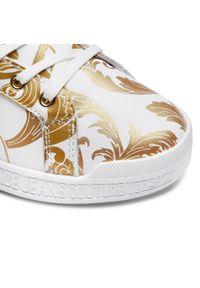 Versace Jeans Couture - Sneakersy VERSACE JEANS COUTURE - E0VWASP7 71973 MCI. Okazja: na co dzień. Kolor: biały. Materiał: skóra. Szerokość cholewki: normalna. Sezon: lato. Styl: elegancki, sportowy, casual