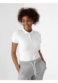 4f - Koszulka polo regular damska. Typ kołnierza: polo. Kolor: biały. Materiał: bawełna, materiał