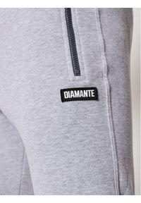 Diamante Wear Spodnie dresowe Unisex Crew 5459 Szary Slim Fit. Kolor: szary. Materiał: dresówka