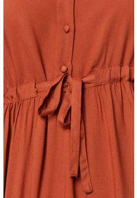 Czerwona sukienka Vero Moda na co dzień, mini