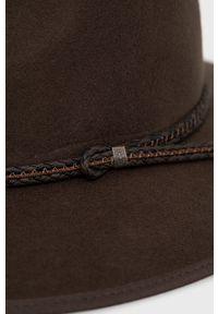 Billabong - Kapelusz wełniany x Wrangler. Kolor: brązowy. Materiał: wełna