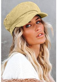 Beżowa czapka IVET na zimę, elegancka