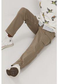 Levi's® - Levi's - Spodnie. Okazja: na spotkanie biznesowe. Kolor: szary. Materiał: tkanina. Wzór: gładki. Styl: biznesowy