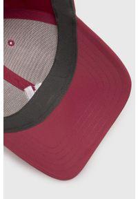 Fioletowa czapka z daszkiem adidas Performance z aplikacjami