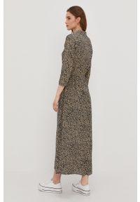 Jacqueline de Yong - Sukienka. Kolor: niebieski. Materiał: wiskoza, tkanina, materiał. Typ sukienki: rozkloszowane