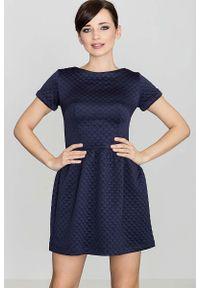 Niebieska sukienka dzianinowa Katrus z krótkim rękawem