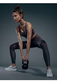 4f - Legginsy treningowe damskie (skinny) 4FPro. Stan: podwyższony. Kolor: brązowy. Materiał: jersey, dzianina, włókno. Sport: fitness
