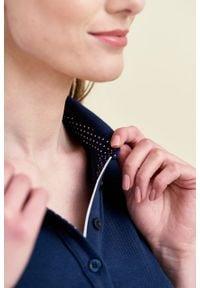 Marie Zélie - Sukienka Polo marszczona granatowa krótki rękaw. Okazja: na co dzień, do pracy. Typ kołnierza: polo. Kolor: niebieski. Materiał: dzianina, materiał, bawełna. Długość rękawa: krótki rękaw. Typ sukienki: proste, sportowe. Styl: sportowy, klasyczny, wakacyjny, casual