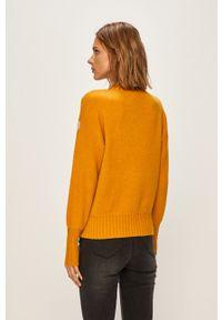 only - Only - Sweter. Okazja: na co dzień. Kolor: żółty. Materiał: dzianina. Styl: casual