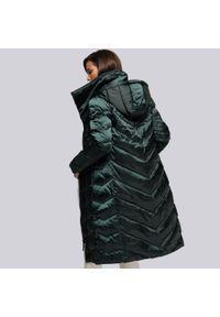 Wittchen - Damski płaszcz puchowy z kapturem. Typ kołnierza: kaptur. Kolor: zielony. Materiał: nylon. Sezon: jesień, zima. Styl: elegancki
