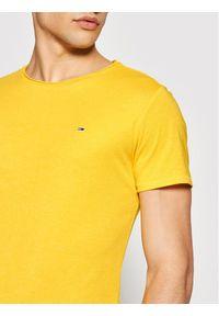 Tommy Jeans T-Shirt Jaspe DM0DM09586 Żółty Slim Fit. Kolor: żółty